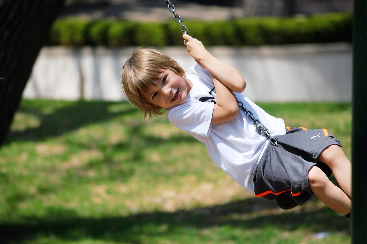 swing-2180703_1280