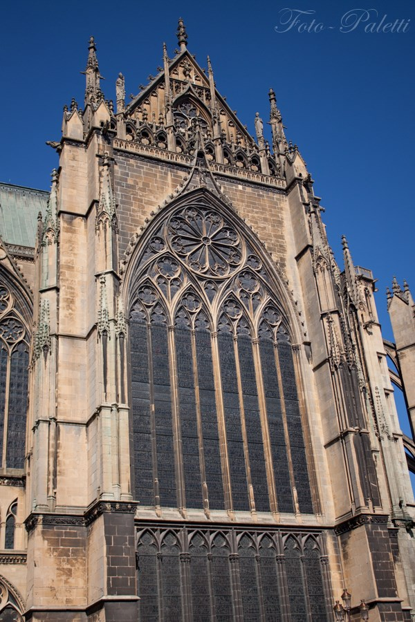 Reims_Kirchenfenster